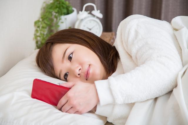 慢性化する睡眠障害、その原因は?