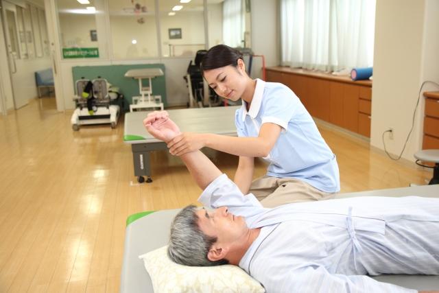 交通事故による脱臼の治療期間やリハビリに要する期間は?